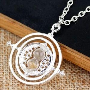 Harry Potter silvertone time turner necklace